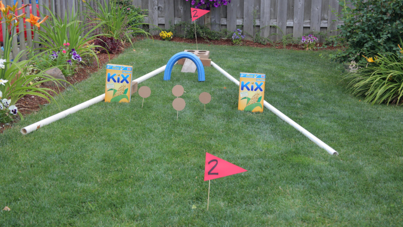 Make your own mini golf course with cereal boxes and a little innovation.