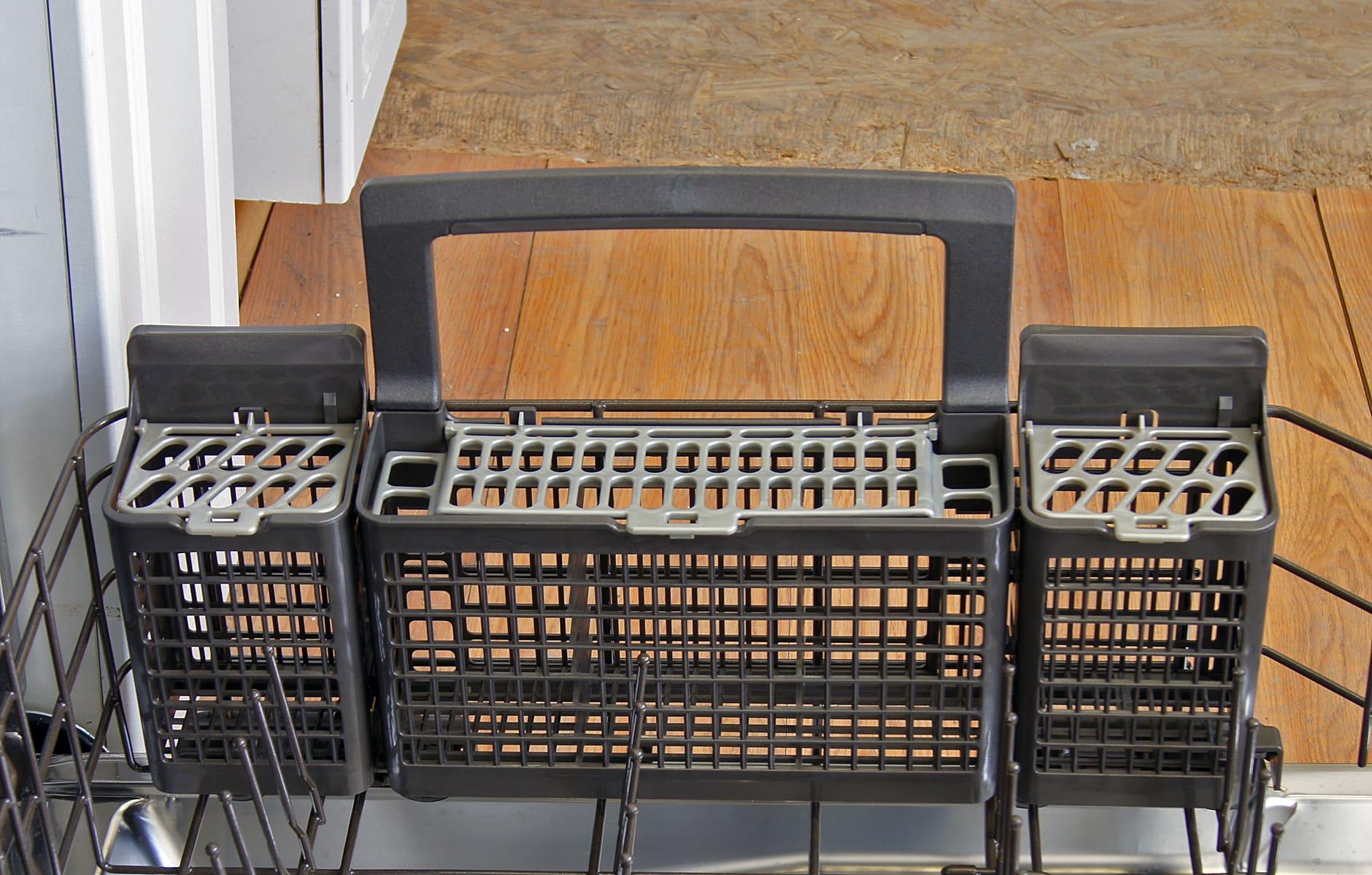 GE Monogram ZDT870SSFSS cutlery basket