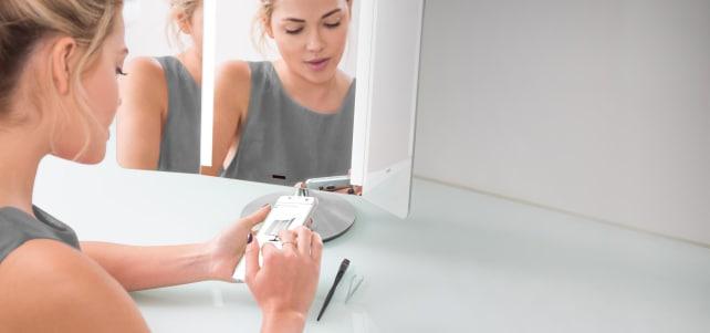 simplehuman Sensor Mirror Pro Wide View