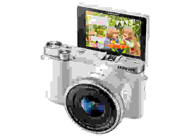 NX3000_016_R-PERSPACTIVE-FILP-UP_WHITE.jpg