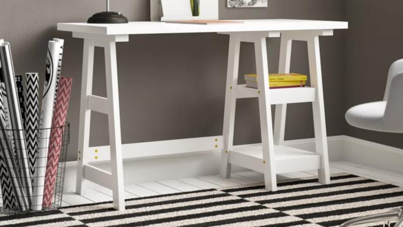Reversible desk