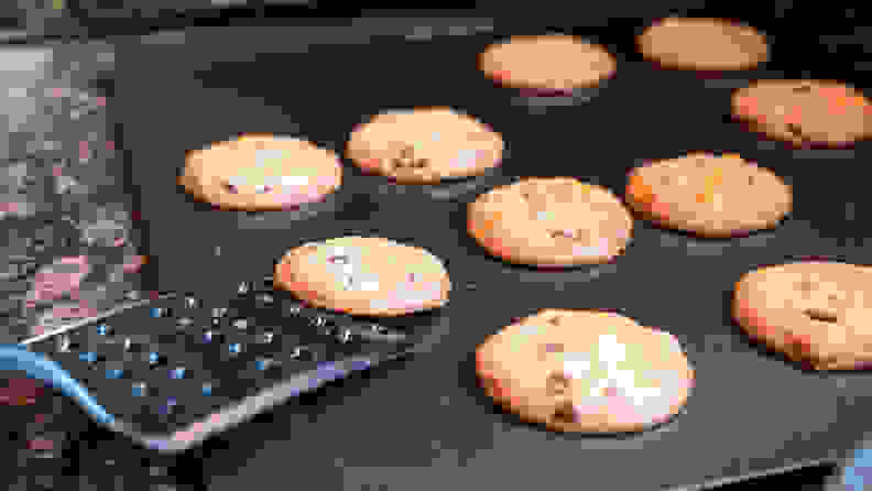 Airbake cookie sheet