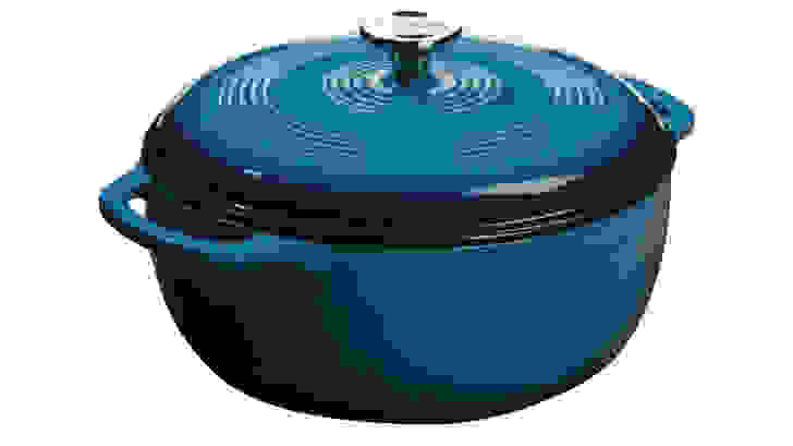Lodge-Dutch-Oven-blue