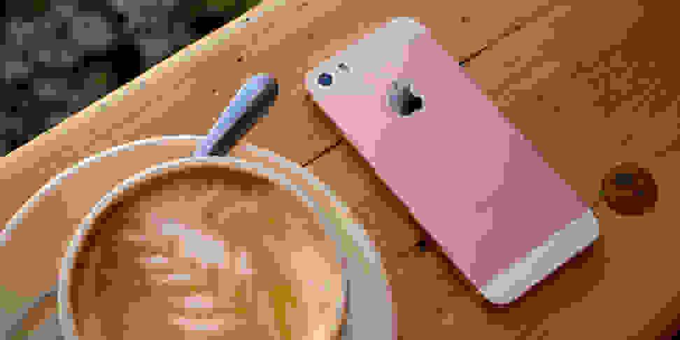 Product Image - Apple iPhone SE