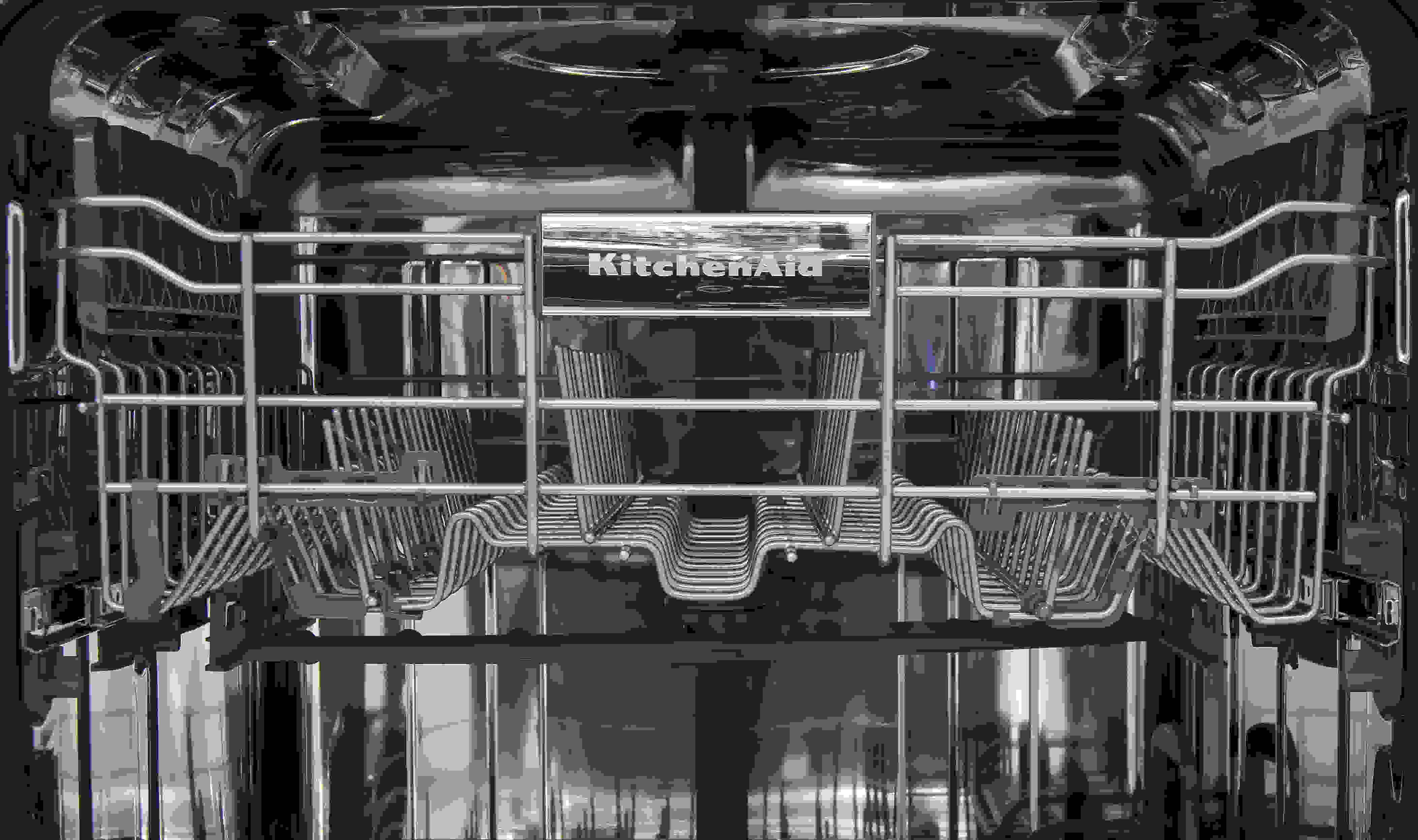 KitchenAid KDTM354DSS top rack closeup