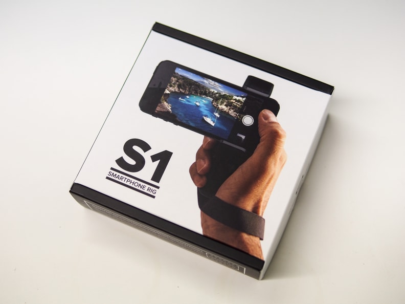 The S1 grip comes in a simple, stylishly designed box.