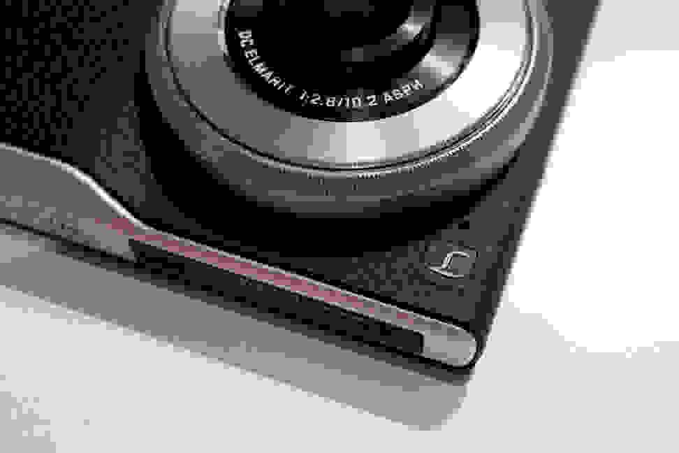 lumix-cm1-llogo.jpg