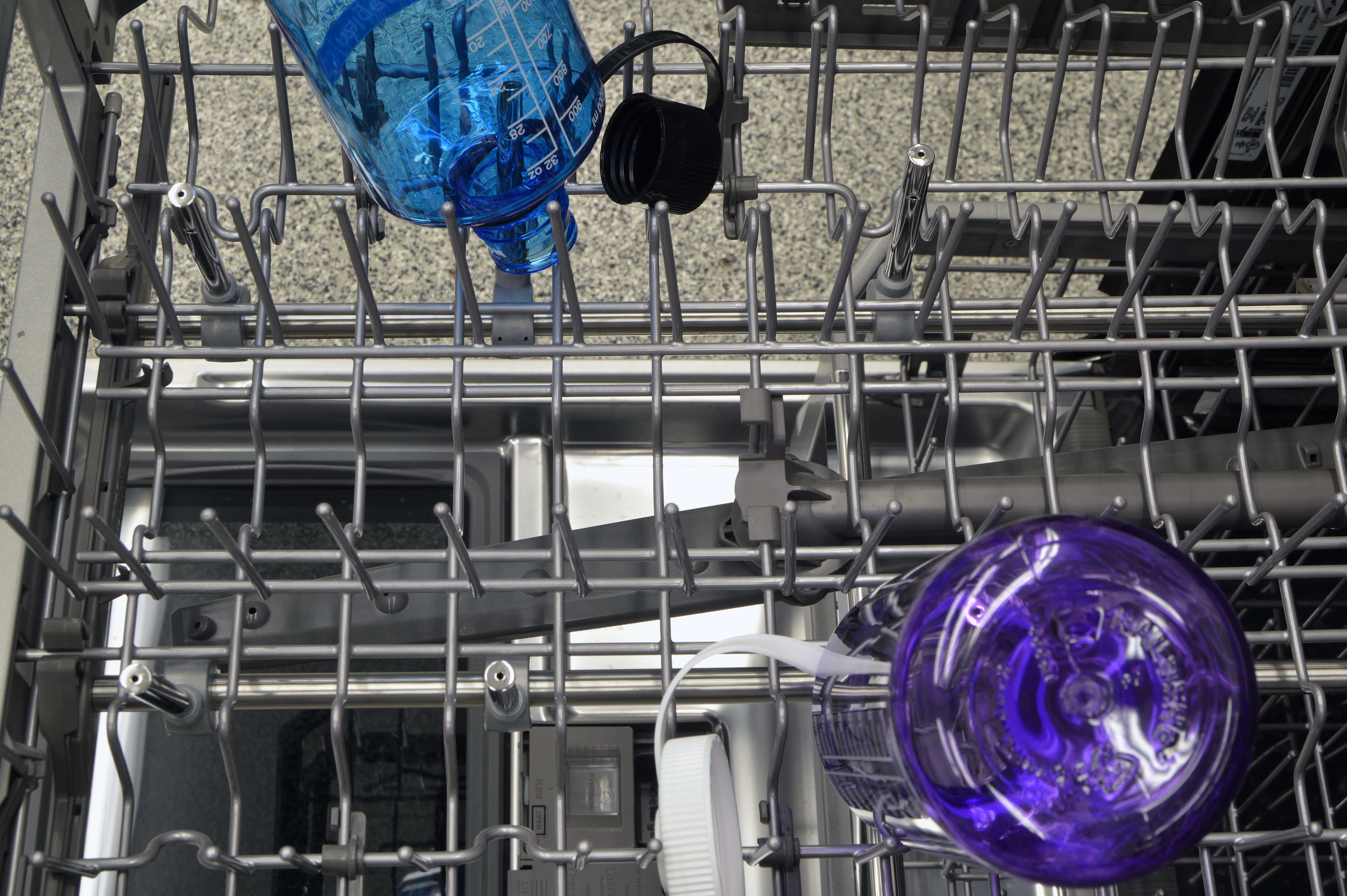 Specialized bottle washing jets found on the upper rack