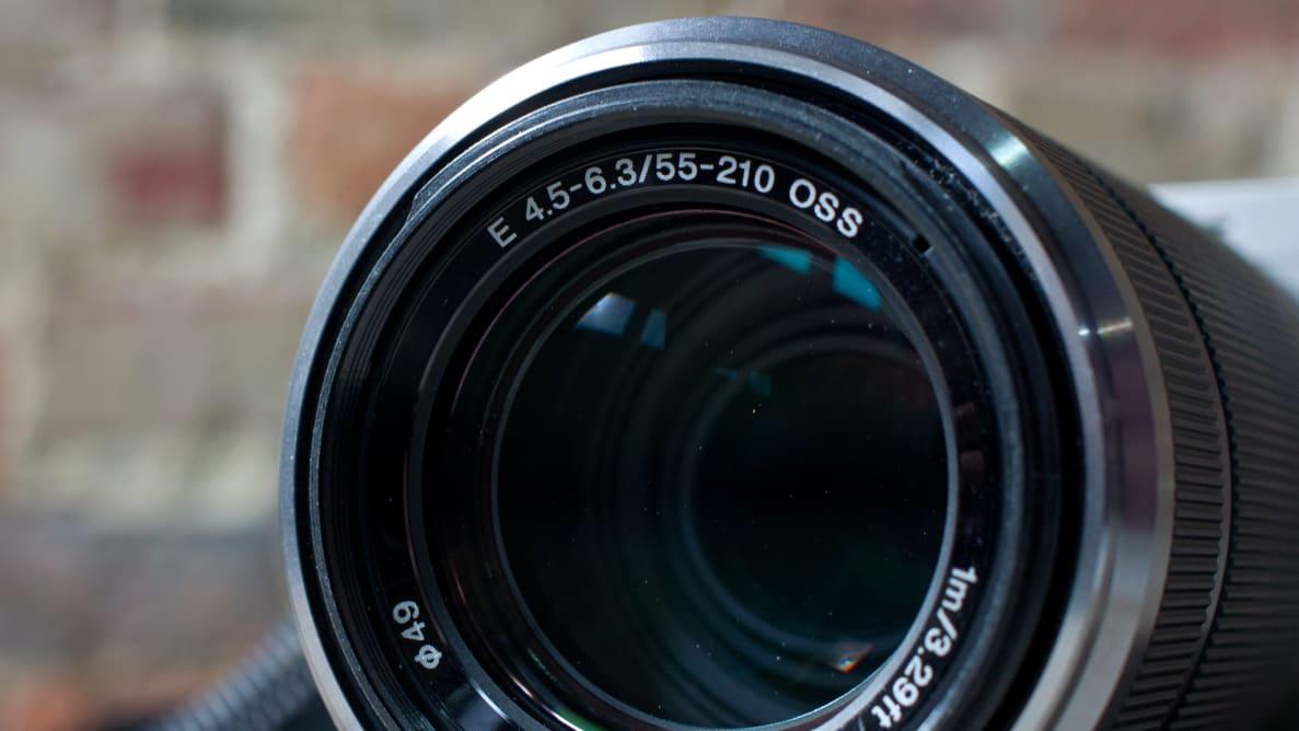Sony E-Mount 55-210mm f/4.5-6.3 OSS Lens Review