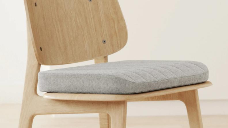 4_cushion