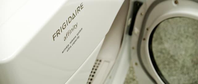 Frigidaire-FAQE7111LW-Hero-1.jpg