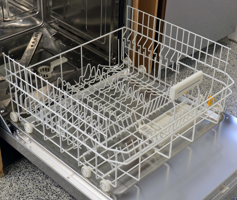 Miele G4925SCU bottom rack