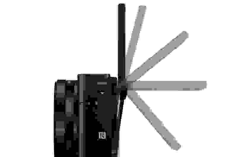 SONY-RX100-III-LCD-FLIP.jpg