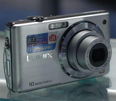 Product Image - Panasonic DMC-FS7