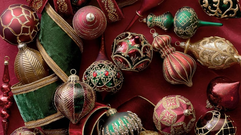 This set of 60 Christmas ornaments will give your tree a luxurious old-world aesthetic.