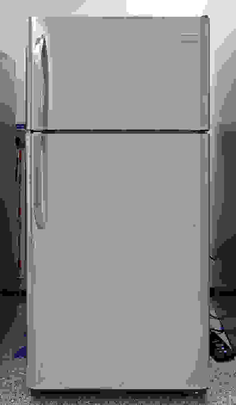 Frigidaire FFTR1821QS Exterior