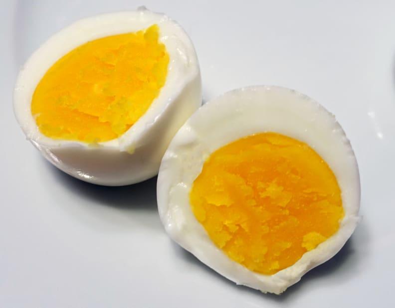 Hard-cooked sous vide egg