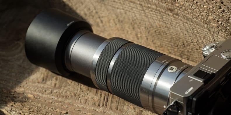 sony-55-210mm-review-design-zoom-camera.jpg