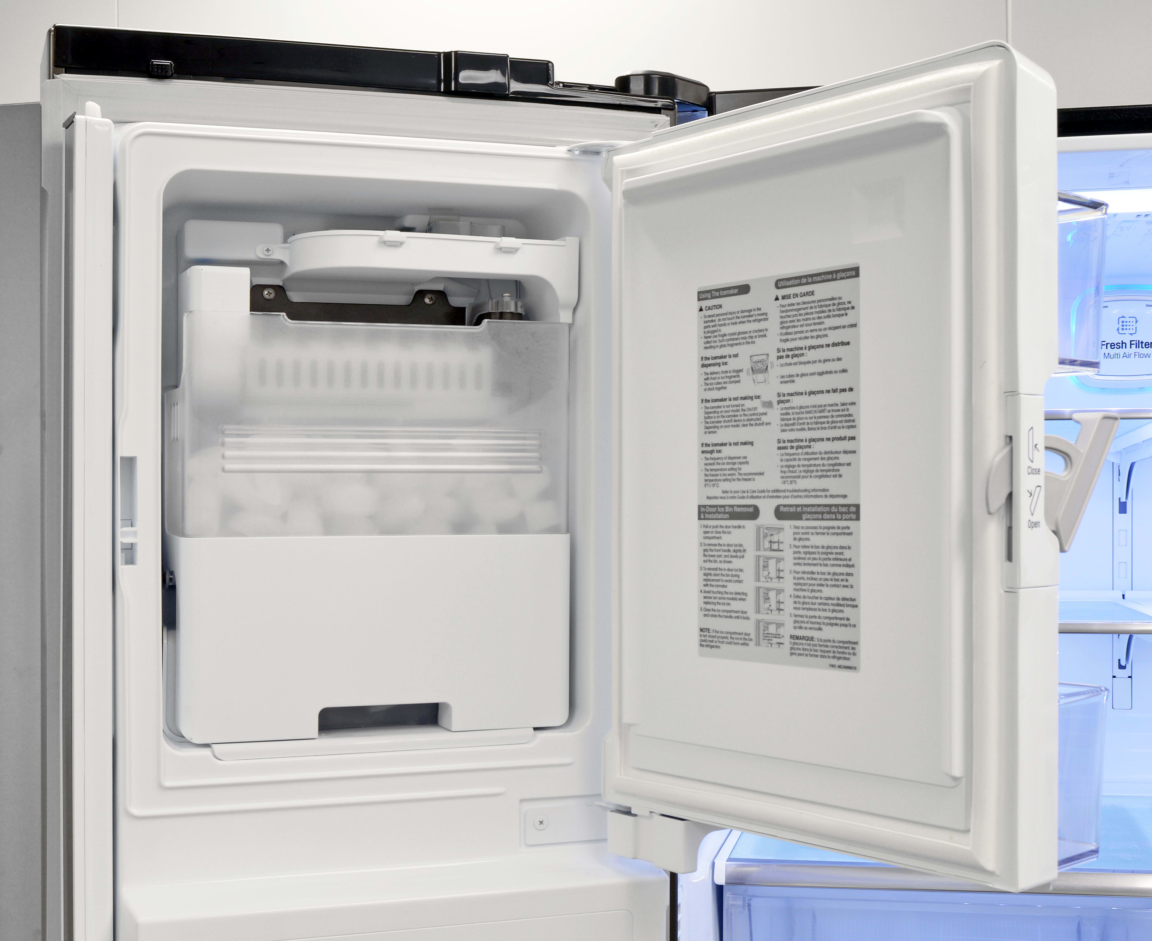 The LG LPXS30866D's door-mounted ice maker takes up minimal space while still holding plenty of cubes.