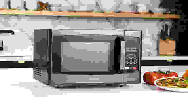 The Best Affordable Microwaves - Best Overall - Toshiba