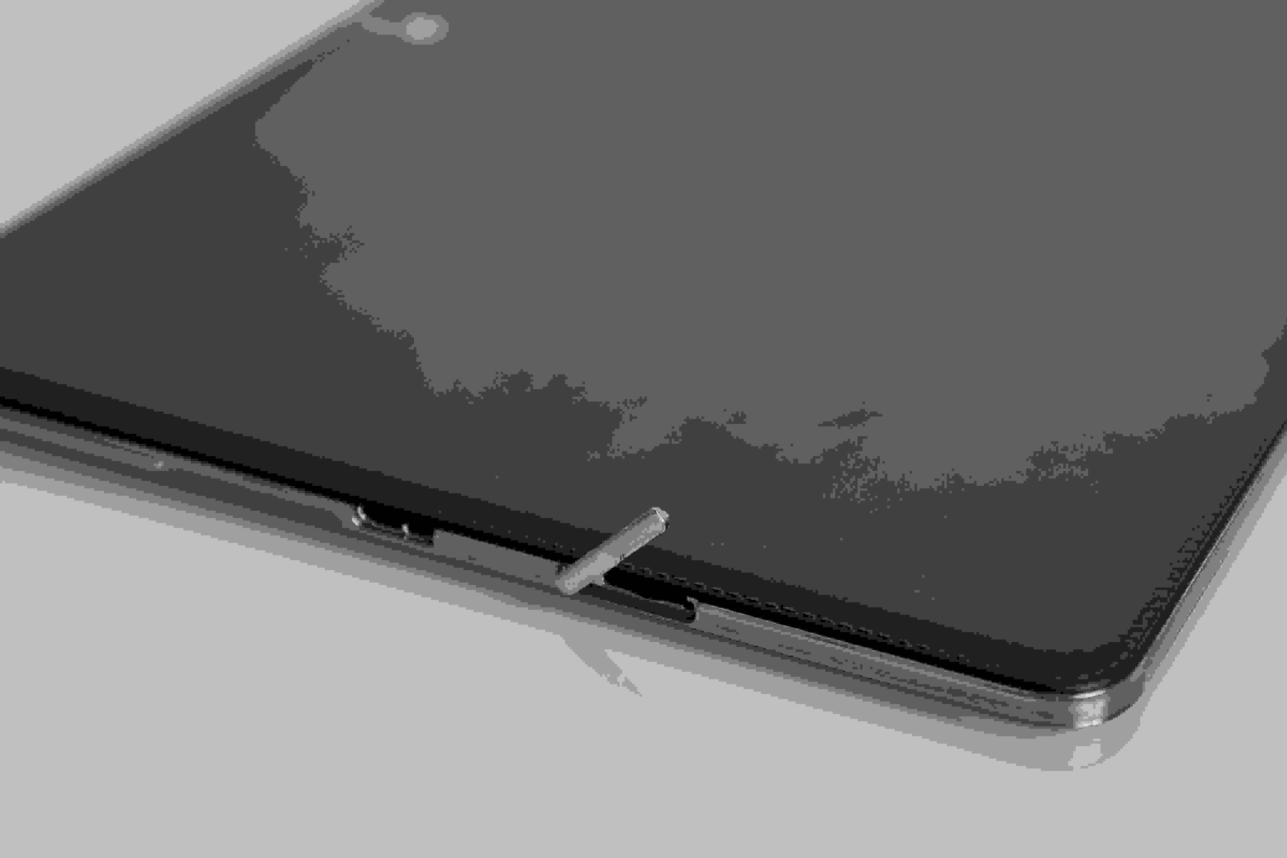 """A close-up of the microSD card slot of the Samsung Galaxy Note Pro 12.2""""."""