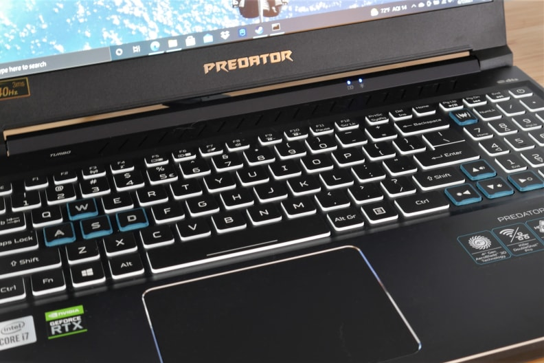 Acer Predator Helios 300 keyboard
