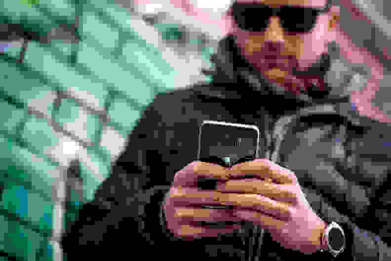 Samsung Galaxy S6 Edge+ In Use 2