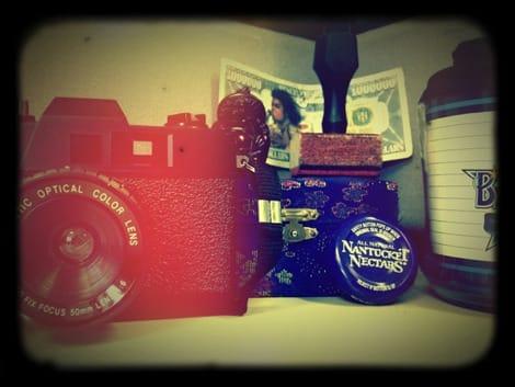 lens-holga-small.jpg