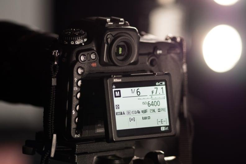 Nikon D500 Tilting Rear LCD