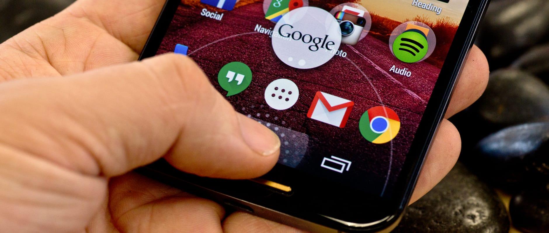 The Google Now shortcut on the Motorola Moto X (2014 edition)