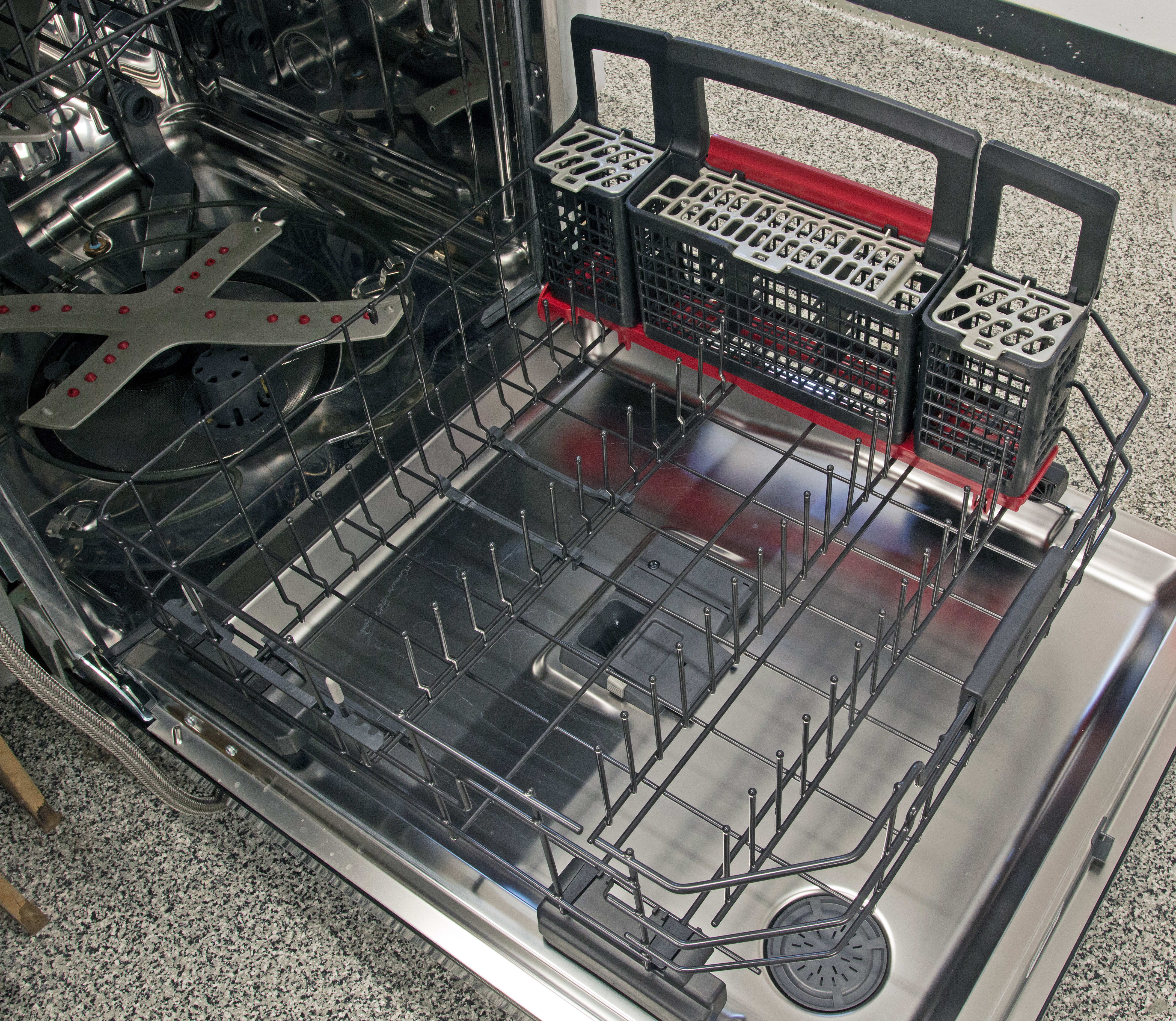 The lower rack is fairly straightforward, but offers a degree of flexibility.