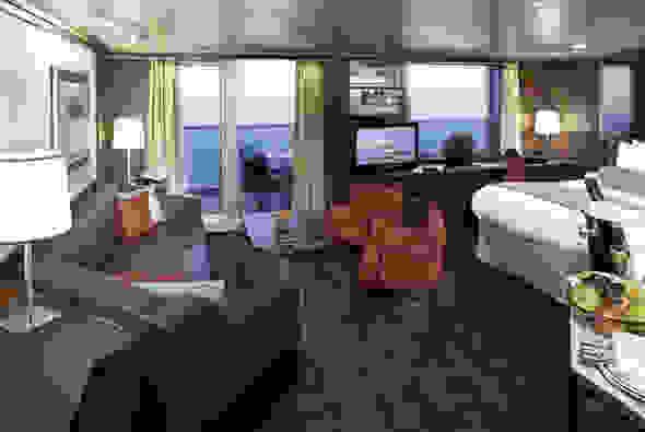 OC4-Deluxe_Verandah_Suites.jpg