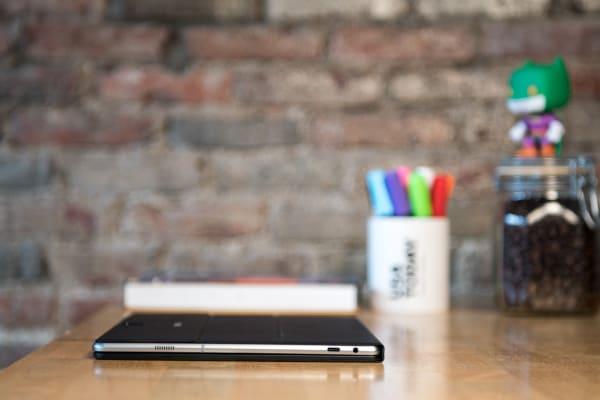 Samsung Galaxy TabPro S Closed
