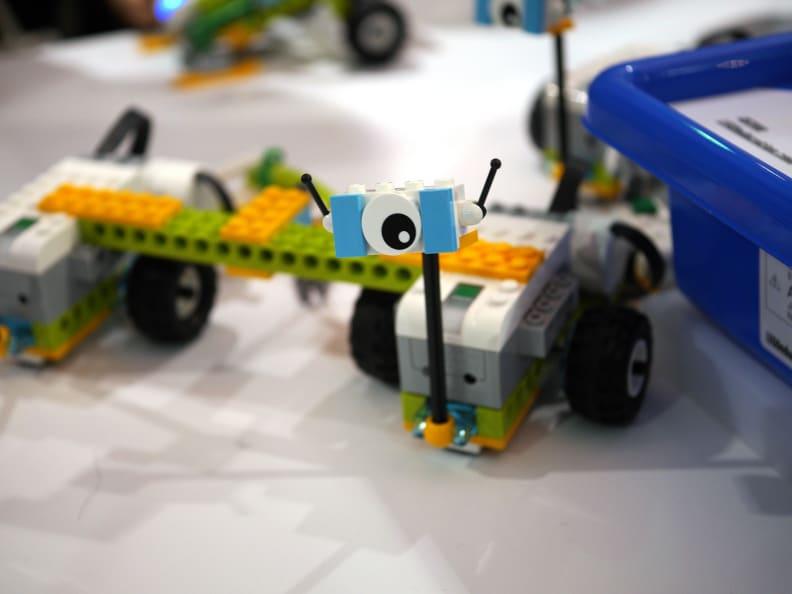 LEGO WeDo 2.0 Rover Toy