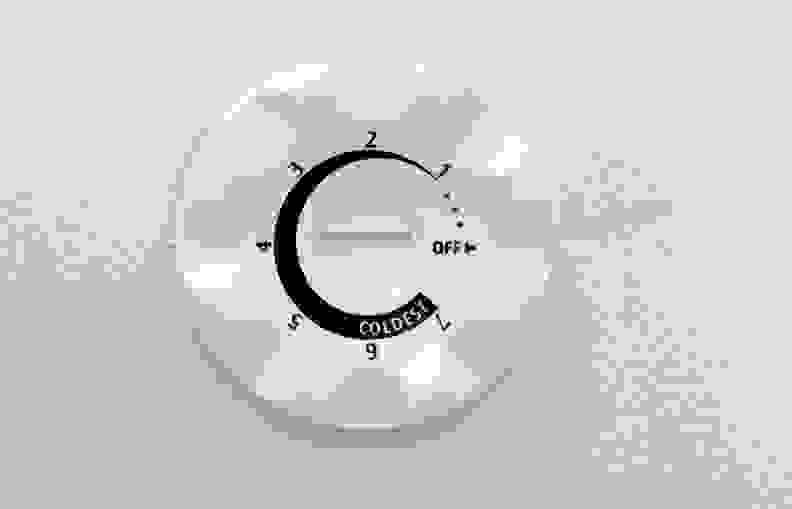 Frigidaire FFFH17F2QW Controls