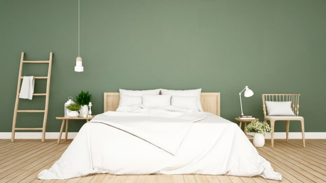Getty-Images-Green-bedroom