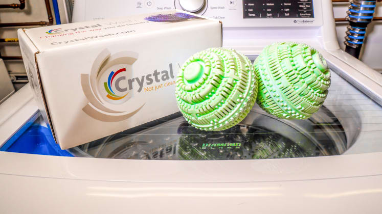 e61b188380e Crystal Wash review  Does this detergent alternative actually work  -  Reviewed Laundry
