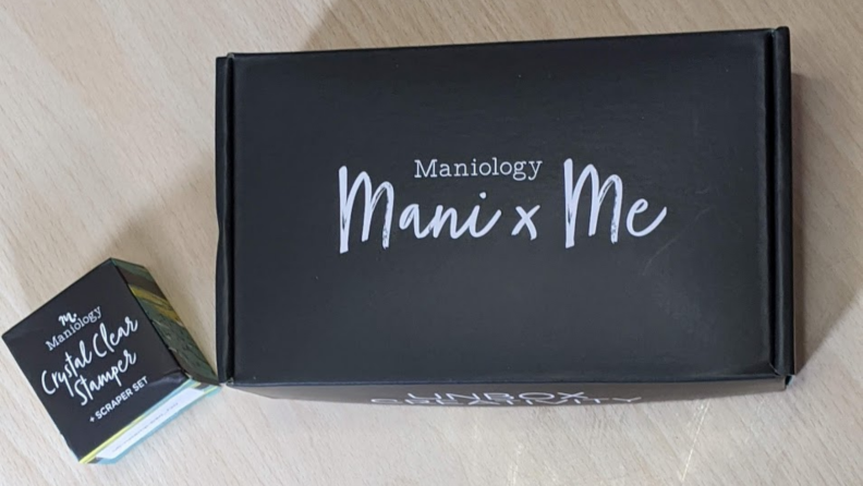 Maniology box