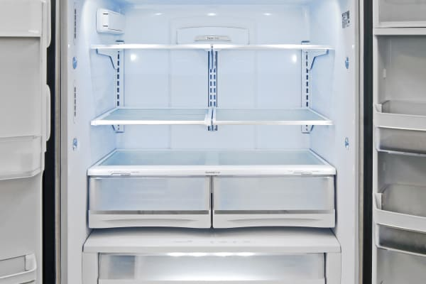 Lots of internal space make the GE Profile PFE28RSHSS a great fridge for large families.