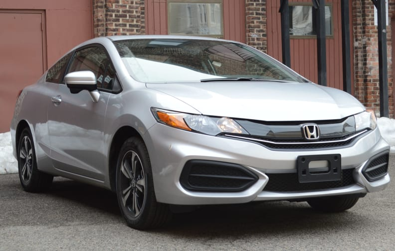 For 2014, the Honda Civic Coupe got a new look.