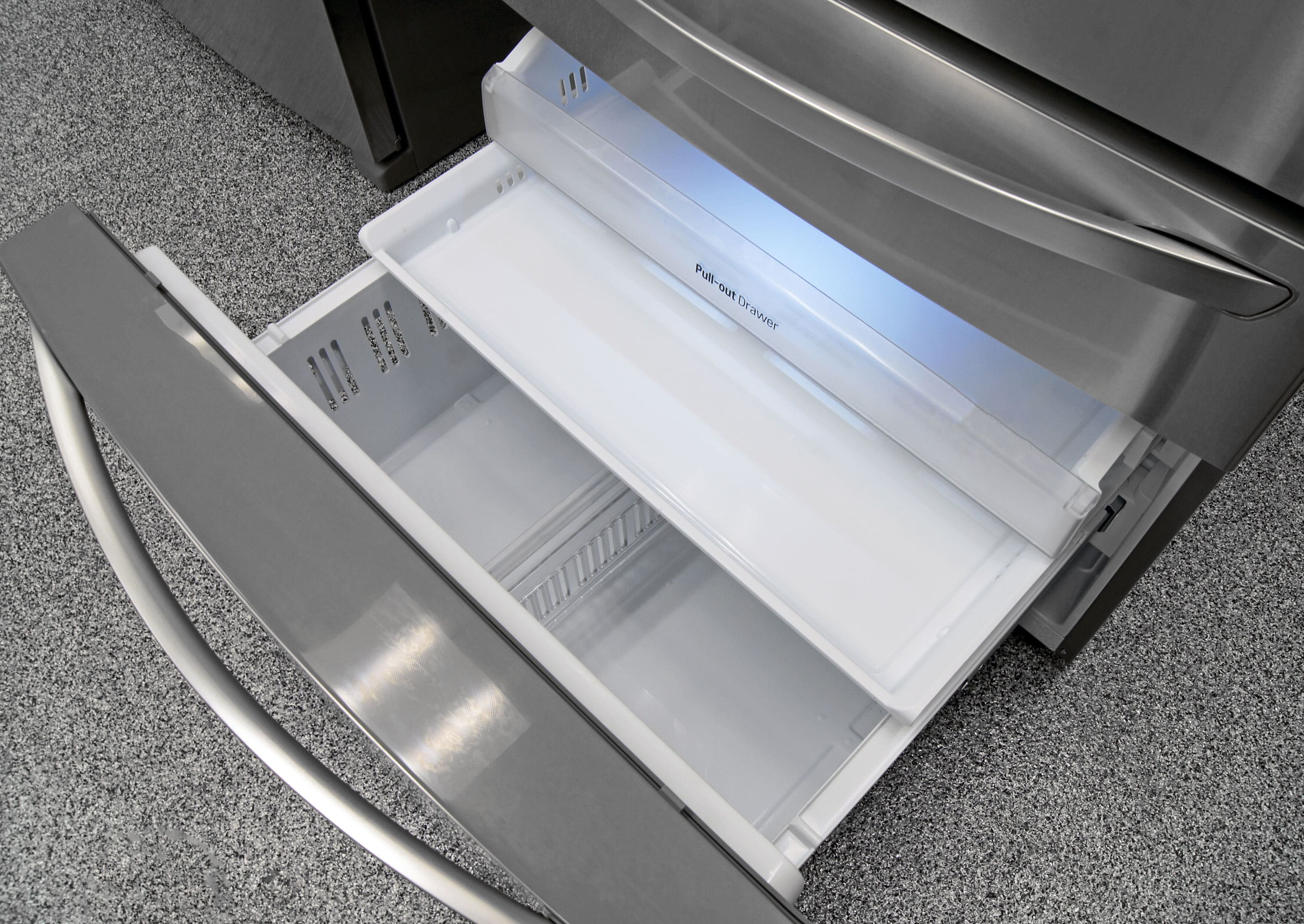 Three drawers give you assorted storage options in the LG LMXS30776S's freezer.