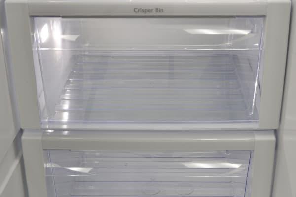 crisper drawers in fridge