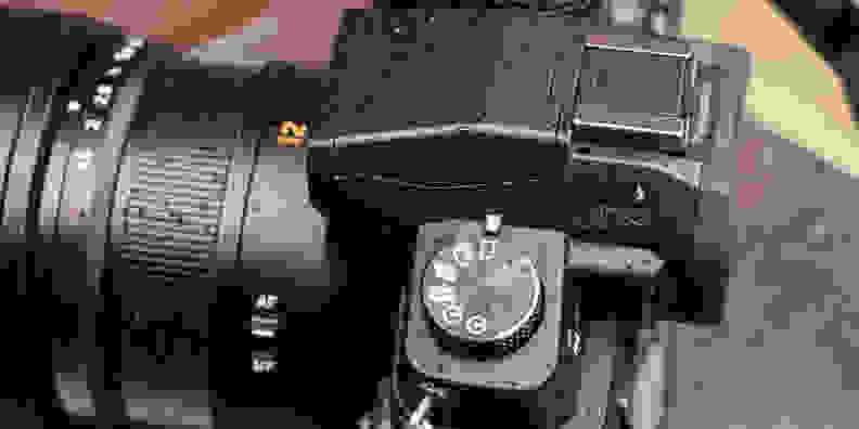 Panasonic Lumix G85 Continuous Mode Dial