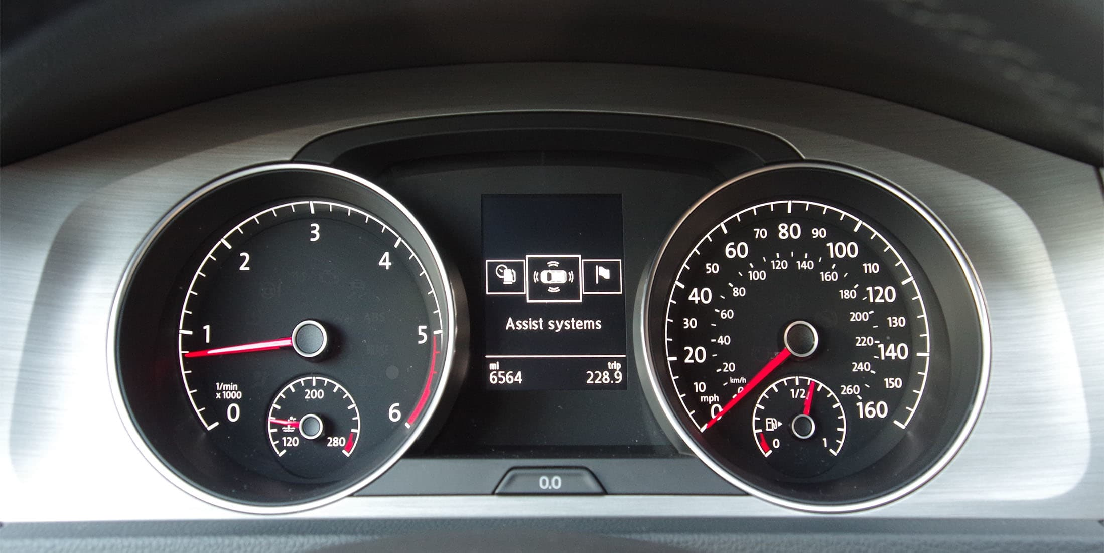 gauge cluster on the 2015 VW Golf