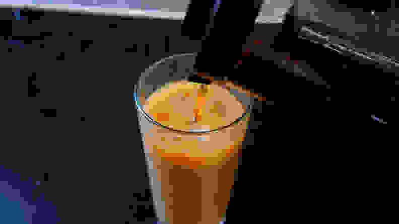 Dash cold brew pour