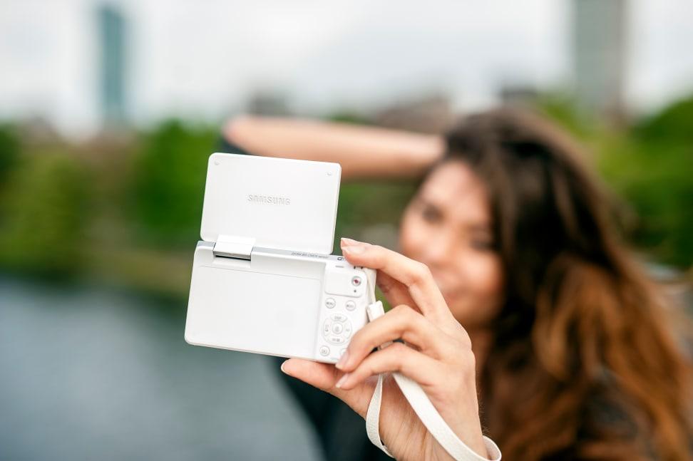 Product Image - Samsung NX Mini