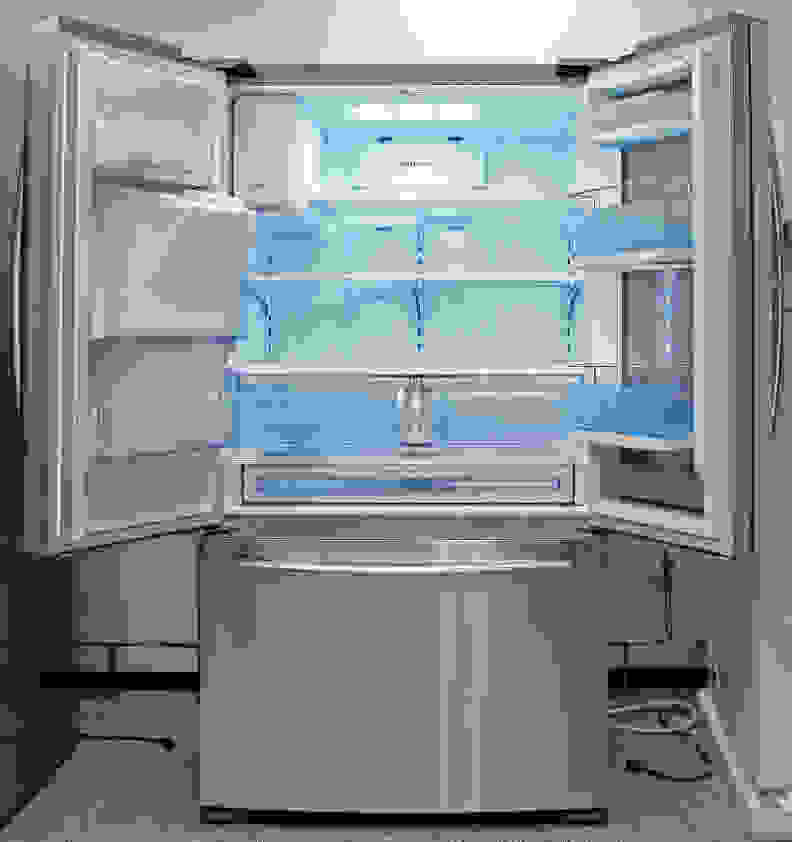 Samsung RF23HTEDBSR Interior