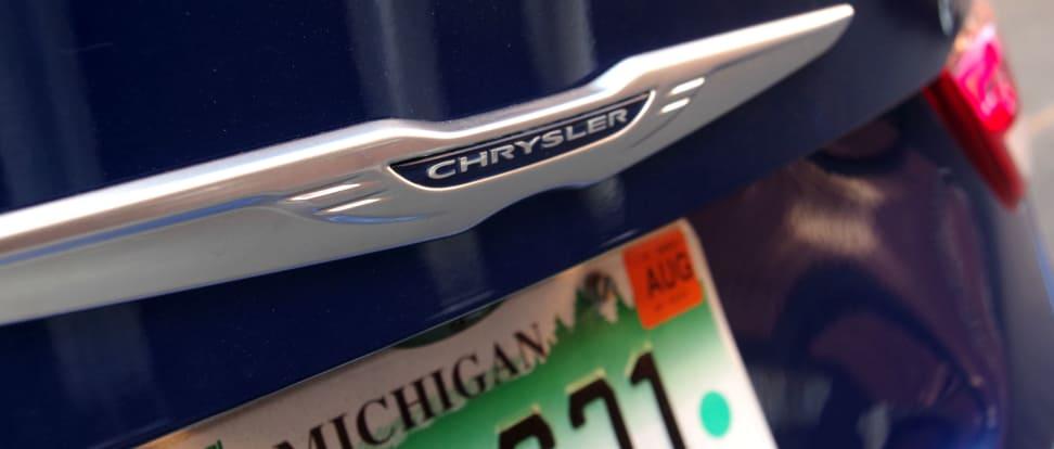 Product Image - 2015 Chrysler 200C