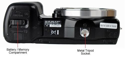 SONY-NEX-5-bottom.jpg