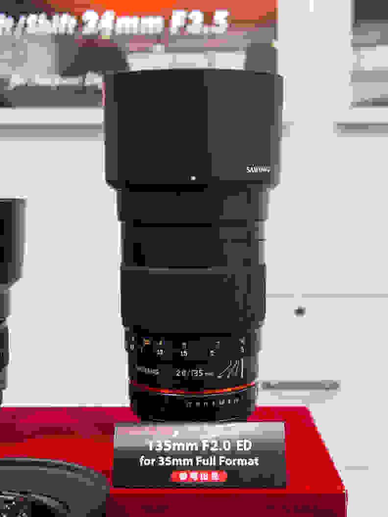 Samyang 135mm f/2 ED UMC – On the Show Floor